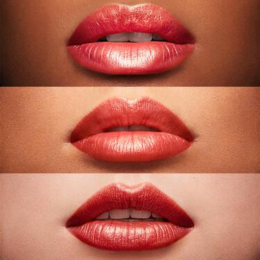 Lápiz labial hidratante L'Absolu Rouge