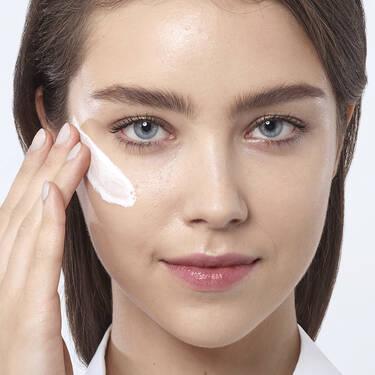 Renergie Lift Multi-Action Day Cream(新立体塑颜多效日霜)