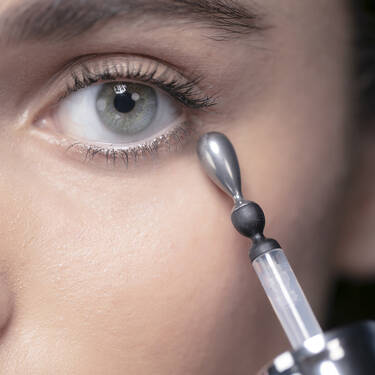 Advanced Genifique Eye Light Pearl