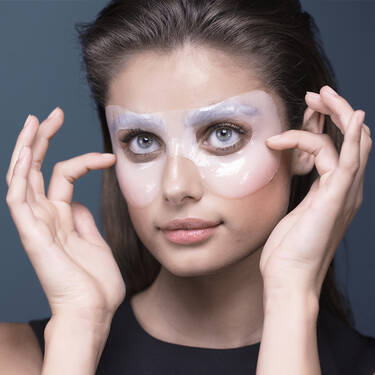 Advanced Genifique Light Pearl Hydrogel Melting 360 Eye Mask