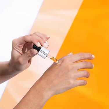 Visionnaire Skin Solutions Vitamin C Serum